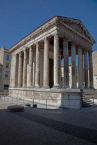 Vienne, Augustus and Livia Temple