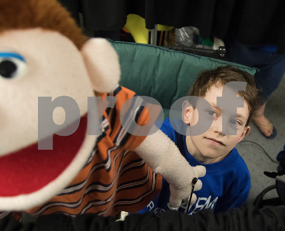 dnews_0300_Puppet_Ministry_