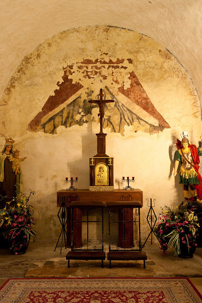 Mission Concepcion, small alter.