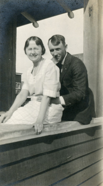 Frank McDonald's parents, Gladys and Bert McDonald, at Lillie McDonald's house in Balboa Beach, early 1920s.