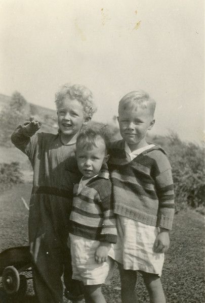 Robert James, Howard, and Frank.