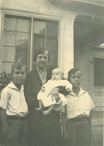 Frank, Gladys, Doug, Howard. November 23, 1933 (Gladys's birthday).