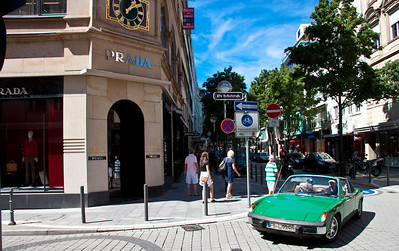 Shopping street Goethestrasse, Frankfurt