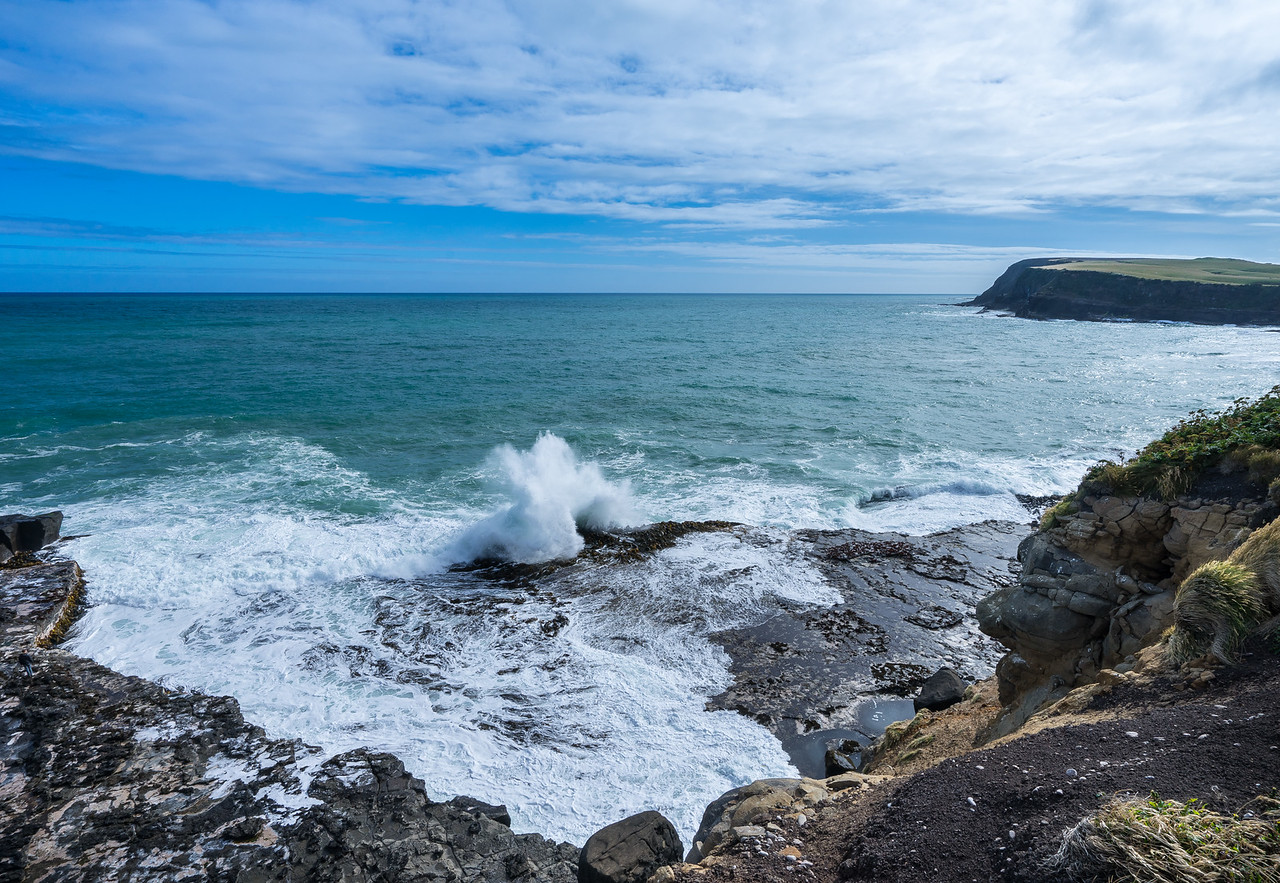 Waves crash into Southern New Zealand