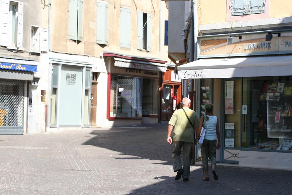 I Le Grau de Roi och Rhone 169