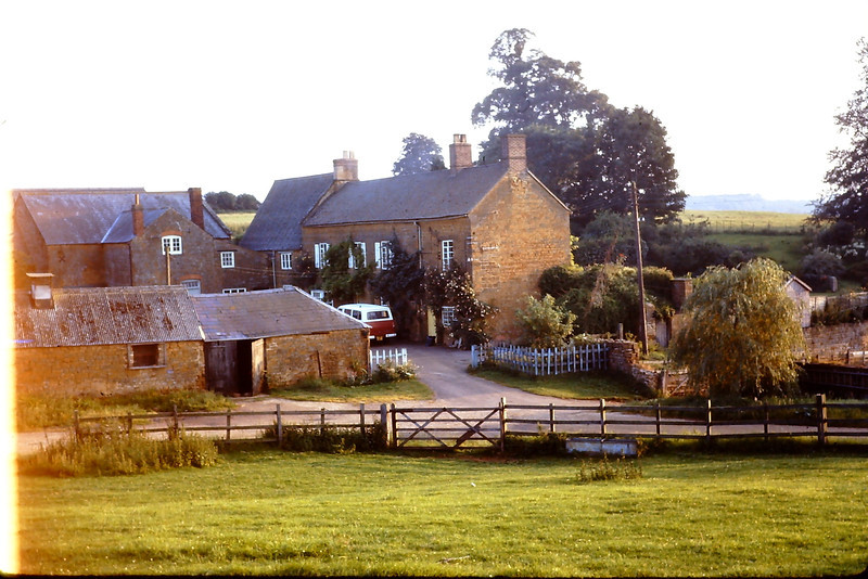 On our last couple days in England, the Gaffery's lffer their home to us rather than the BOQ.  It was a wonderful home.  We spent a number of interesting evenings visiting with the Gaffery's. by their ceramic pot bellied stove from Prague drinking beer.  We also went from here one night after a number of pinter to a Pakastany restruant and I burned the inside of my mouth to the point of 3rd degree burns.