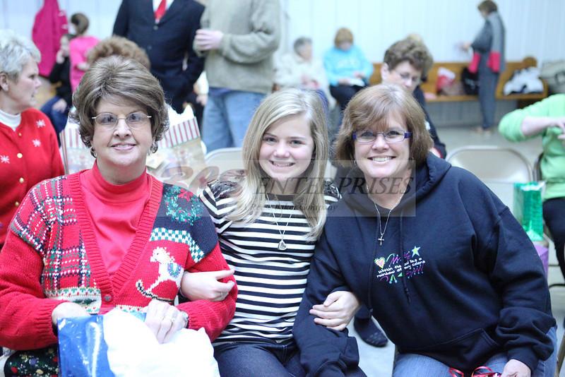 2011 Church Gift Exchange_0011
