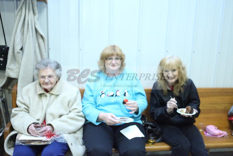 2011 Church Gift Exchange_0024