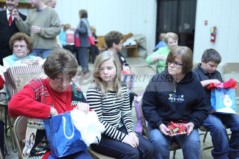 2011 Church Gift Exchange_0010