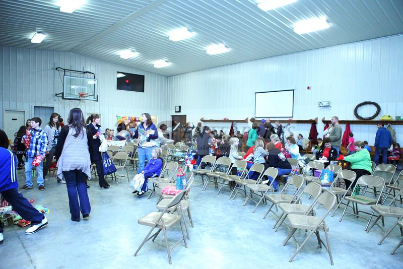 2011 Church Gift Exchange_0037