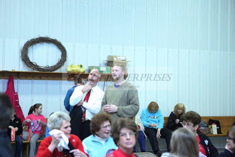 2011 Church Gift Exchange_0035