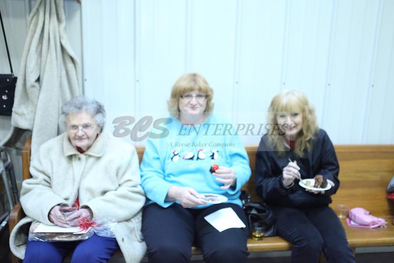 2011 Church Gift Exchange_0027