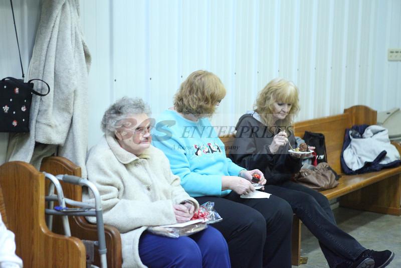 2011 Church Gift Exchange_0023