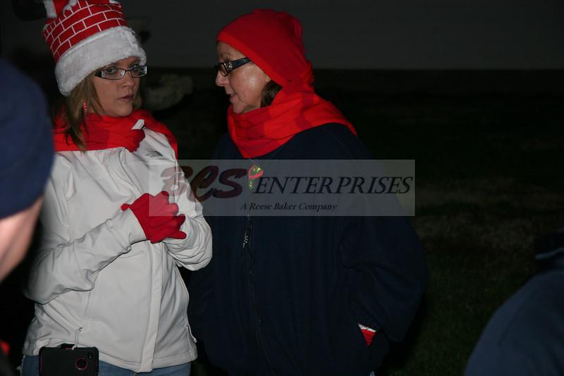 2011 Christmas Caroling_0005