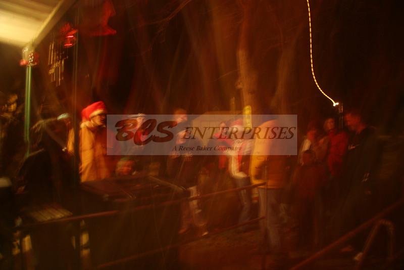 2011 Christmas Caroling_0035