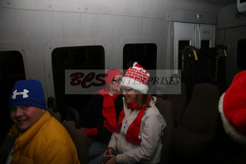 2011 Christmas Caroling_0050
