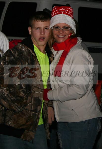2011 Christmas Caroling_0039