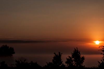 clip-015-foggy_sunrise-ankeny-28sep14-18x12-9905