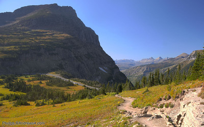 Going to the Sun Road from Highline Trail
