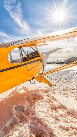 Piper J-3 Cub on Skis