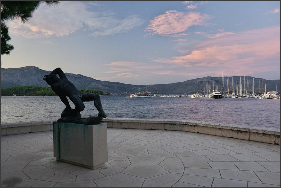 Marína v Lumbardì a jakýsi Poseidón èi kdo