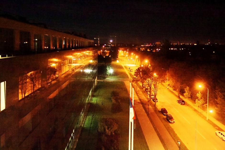 Ulice 17. listopadu směrem k Envelopě a staveništi areálu Šantovka