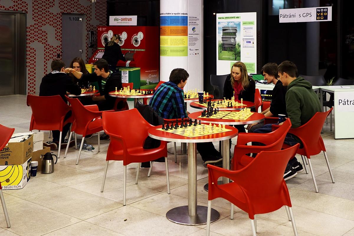 Šachistický koutek v přízemí