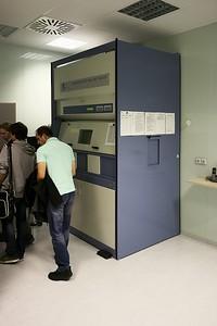 Stanice pro práci s radioizotopem fluoru, používaném v PET metodě.