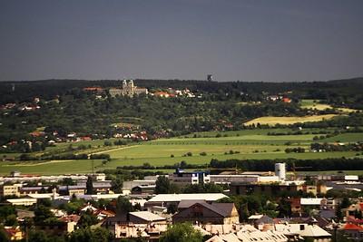Pohled z BEA centra směrem ke Svatému Kopečku