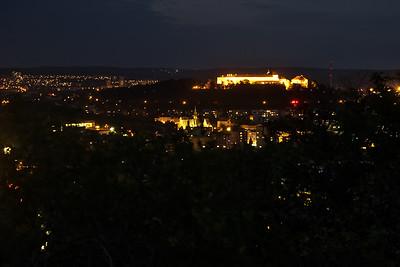 Pohled přes Staré Brno a Špilberk směrem na sever, vlevo v dálce Lesná