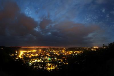 Trochu jiný ořez předchozího panoramatu vyhlídky z Mahenovy stráně