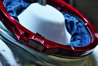 Záměk přilby skafandru A7L