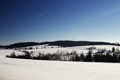 Mezi vískami Nyklovice a Sulkovec