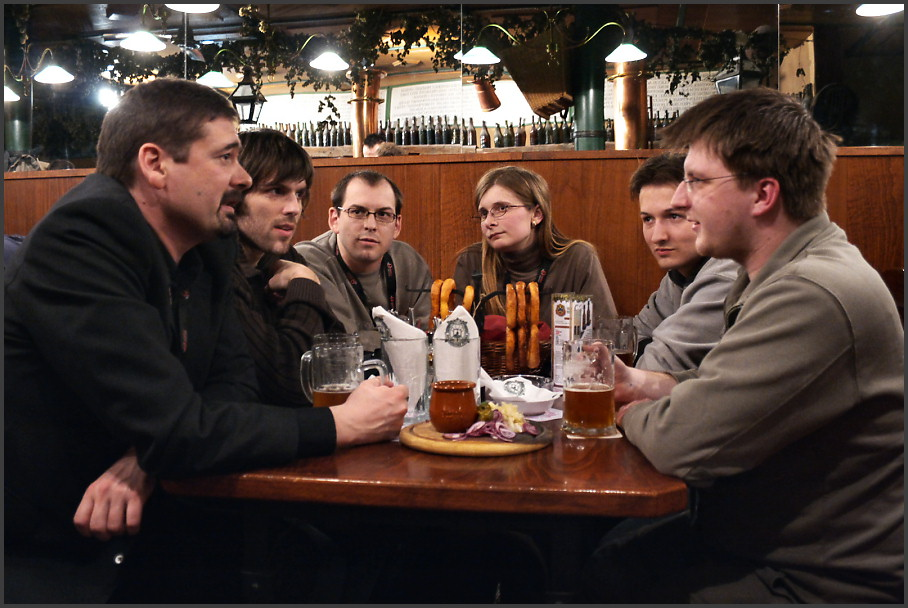 Jon von Tetzchner and Operacesky.net - Sesivany, Polov, Lynn, ATom, Vessan (left to right)