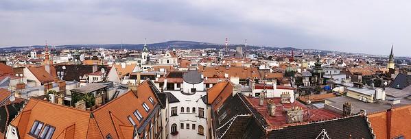 Výhled z brněnské radnice směrem na sever.