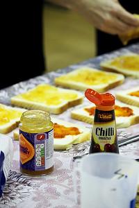 Výroba smaženek s chilli a chutney
