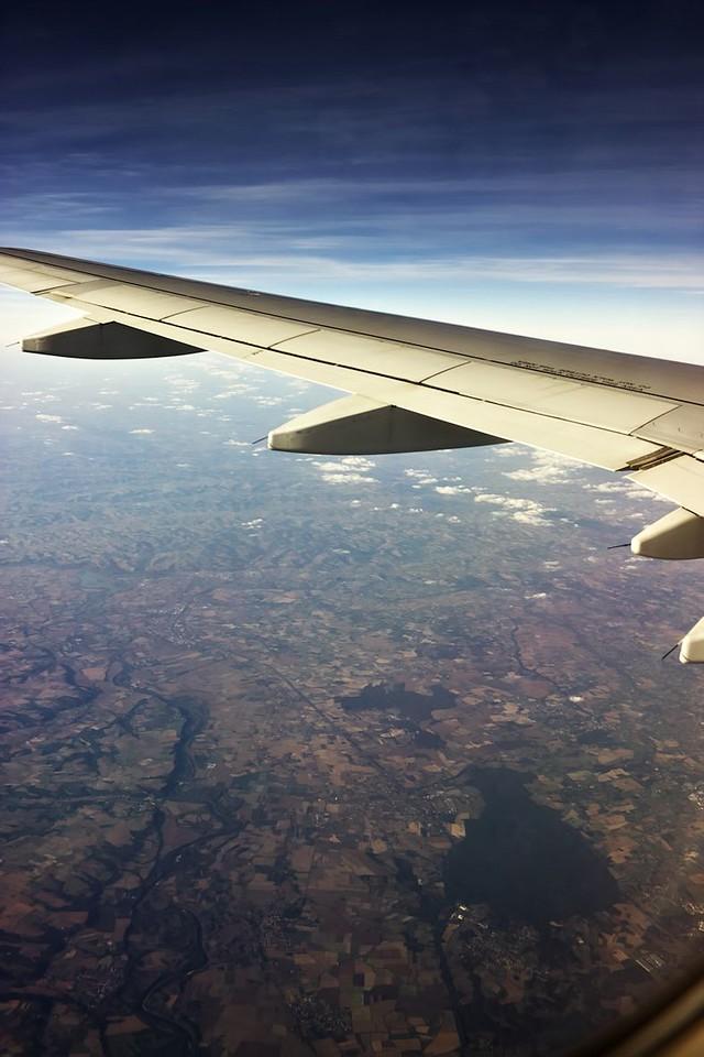 Koryto řeky Garonne severně od Toulouse a lesy na západ od Montaubanu