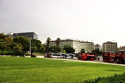 Vyhlídkové autobusy na náměstí markýze de Pombal