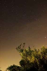 Pohled někam směrem k souhvězdí Žirafy