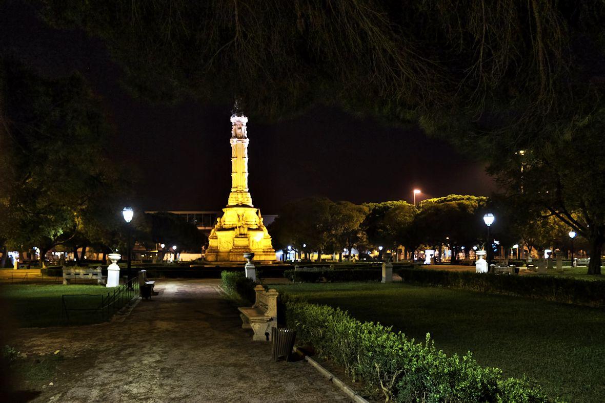 Památník v Jardim Afonso de Albuquerque