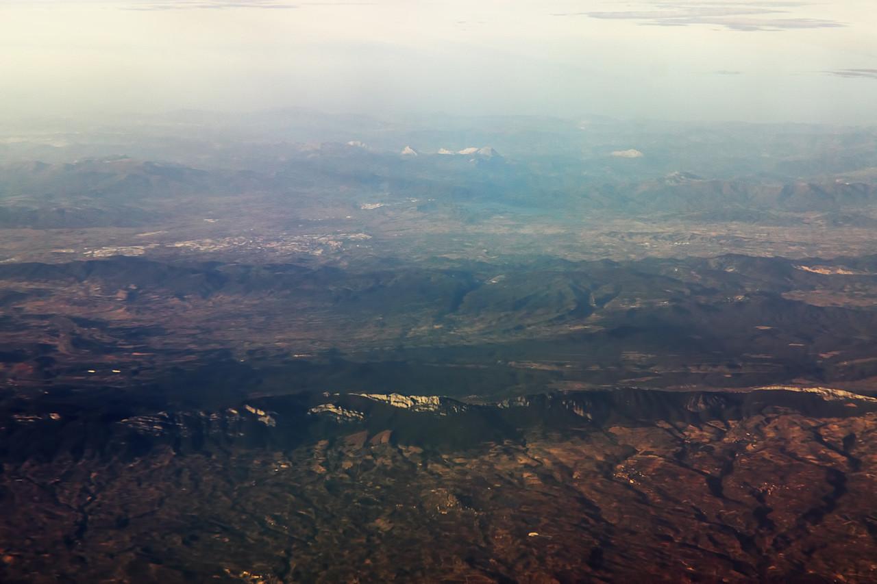 Horské hřebeny v oblasti La Rioja a dále na sever