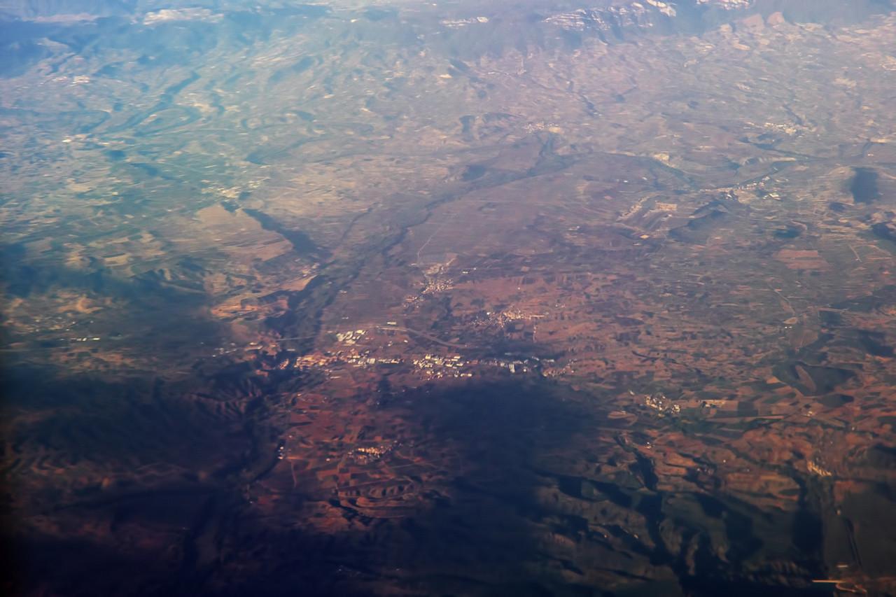 Město dole uprostřed je pravděpodobně Nájera