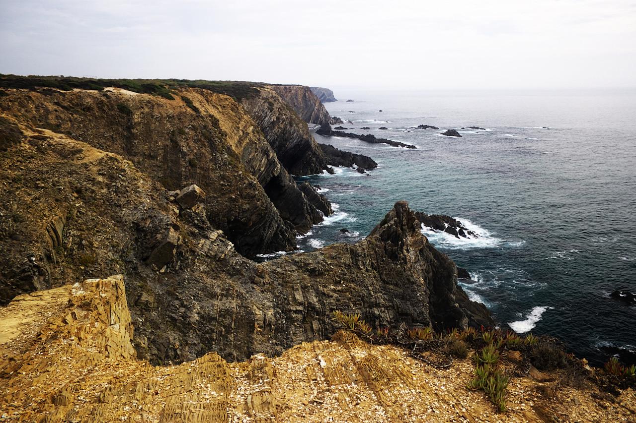 Pohled z Cabo Sardao směrem na jih