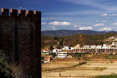 Pohled z hradeb směrem k Foie