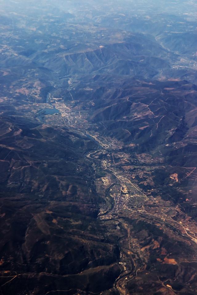 Město O Barco de Valdorreas a řeka Sil