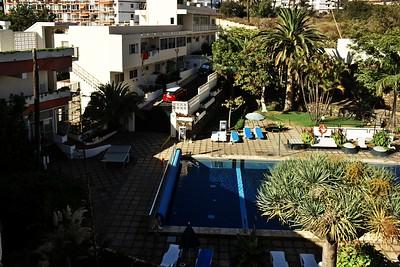 Bazén v pátém patře hotelu