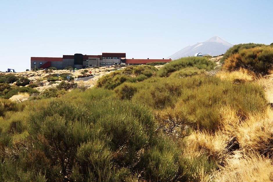 Administrativní budova observatoře Izaňa