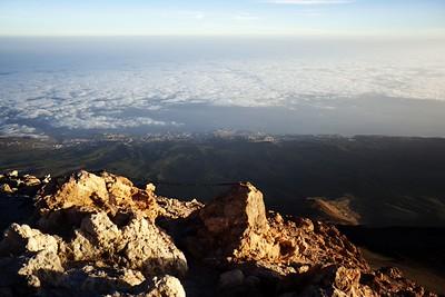 Pohled k severnímu pobřeží někam k městům(zprava) San Juan de la Rambla, Buen Paso a Icod de los Vinos.