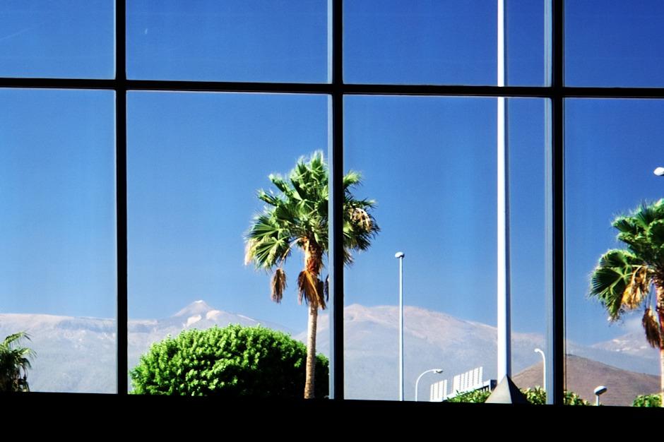 Poslední pohled na Teide přímo z letištní haly