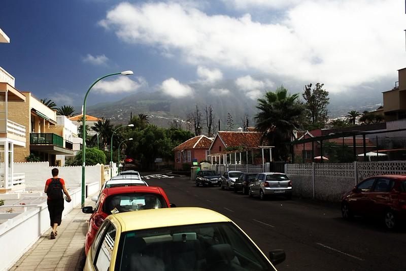Poměrně charakteristická ulice v Puerto de la Cruz. Konkrétně Calle Suiza.
